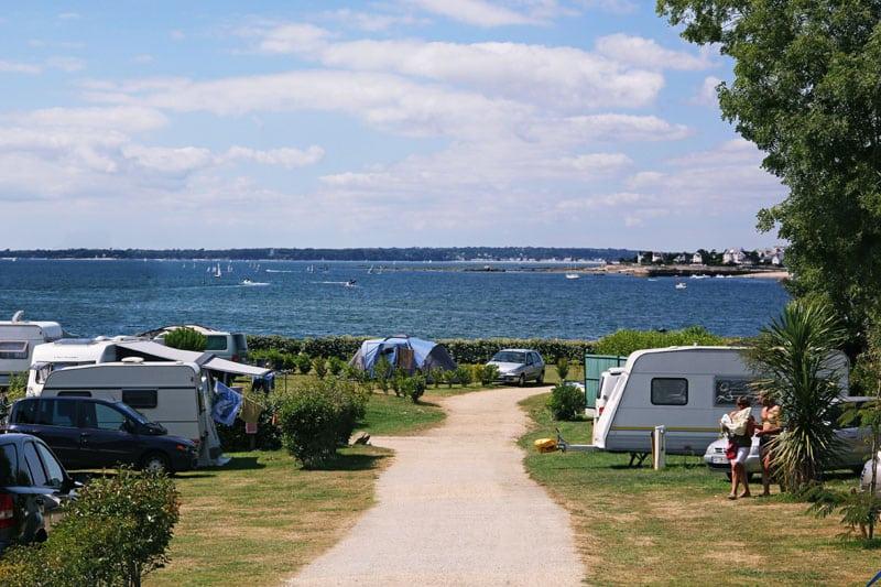 Camping Concarneau Cabellou accès direct à la plage