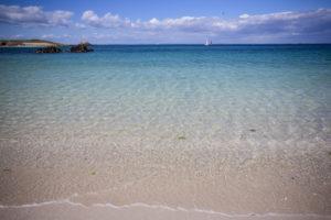 Eau translucide de l'archipel