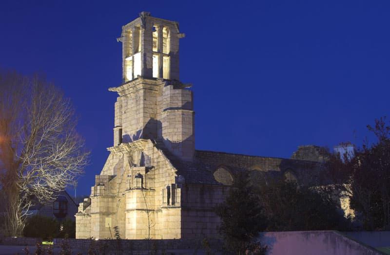 Eglise de Lambour Pont-L'Abbé camping Bretagne